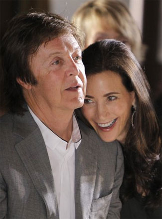 Paul McCartney & Nancy Shevell in 2010 photo