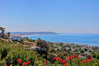 This La Jolla vacation rental has a panoramic ocean view.