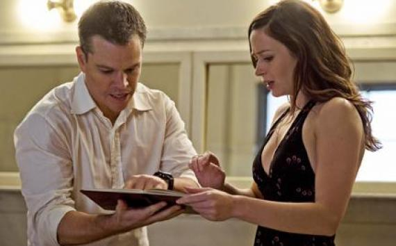 "(L-R) Matt Damon as David and Emily Blunt as Elise in ""The Adjustment Bureau."""