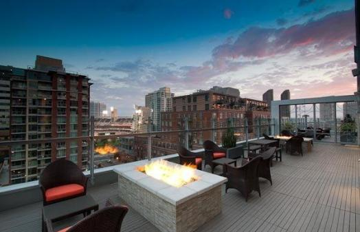 Level 9 Rooftop Bar