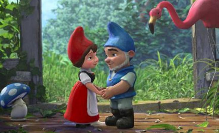 """(L-R) Shroom, Juliet, Gnomeo and Featherstone in """"Gnomeo and Juliet."""""""