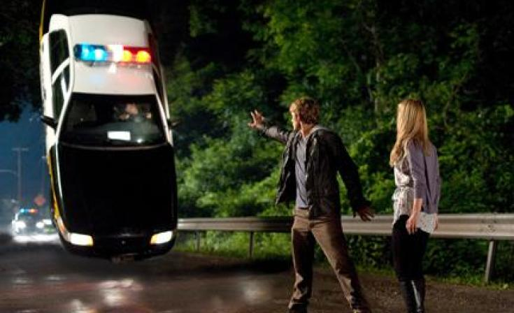 """Alex Pettyfer as John and Dianna Agron as Sarah in """"I Am Number Four."""""""