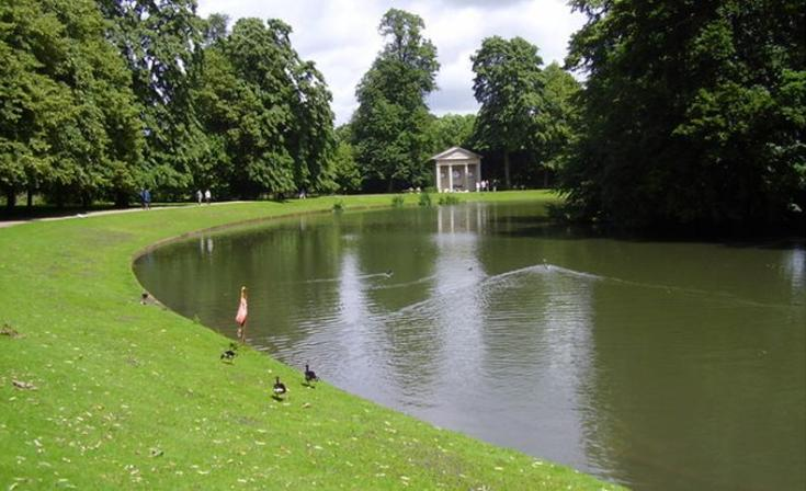 The Lake at Althorp with the Diana memorial beyond