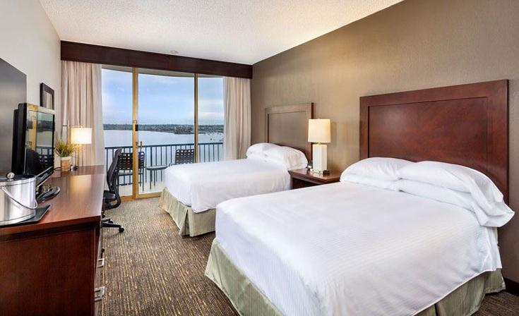 Double Guest Room with Bay View