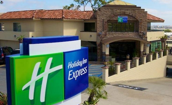 Holiday Inn Express San Diego Airport Hotel Exterior