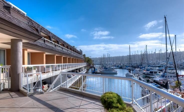 Bay Club Hotel and Marina