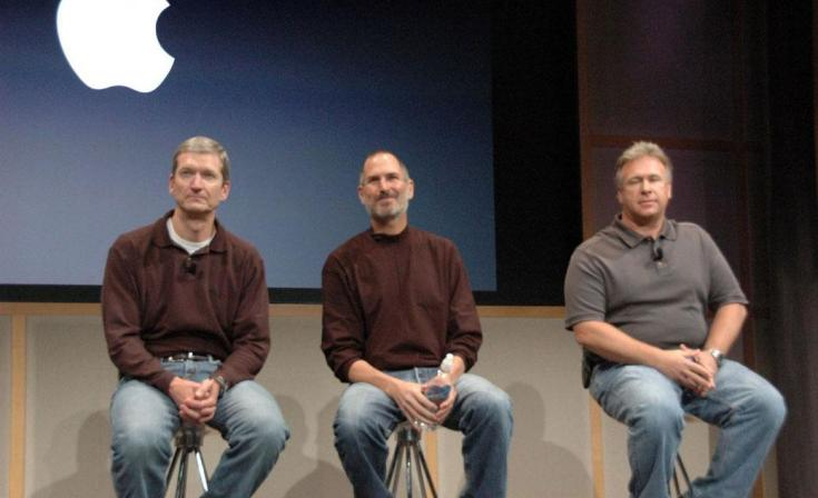 Newly appointed CEO and former COO Tim Cook, left