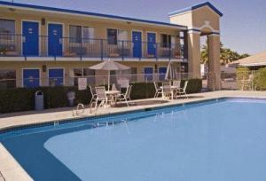 America's Best Value Inn & Suites Escondido