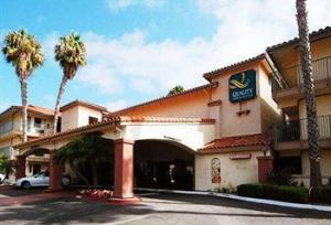 Holiday Inn Express and Suites Carlsbad