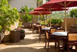San Diego Hotels Sommerset Suites Hotel